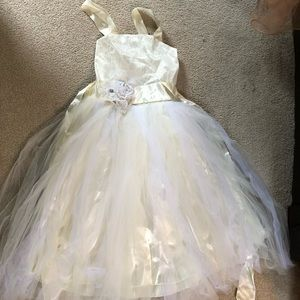 Dresses & Skirts - Little girls dresses